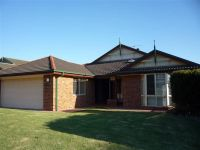 11 Smokebush Place Garden Suburb, Nsw