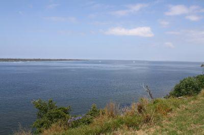 PANORAMIC GIPPSLAND LAKE VIEWS