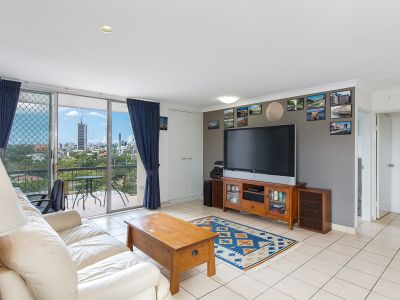Top Floor Unit with Exceptional Outlook