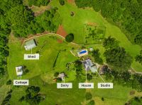Prime Hinterland Acreage With Beautiful Queenslander
