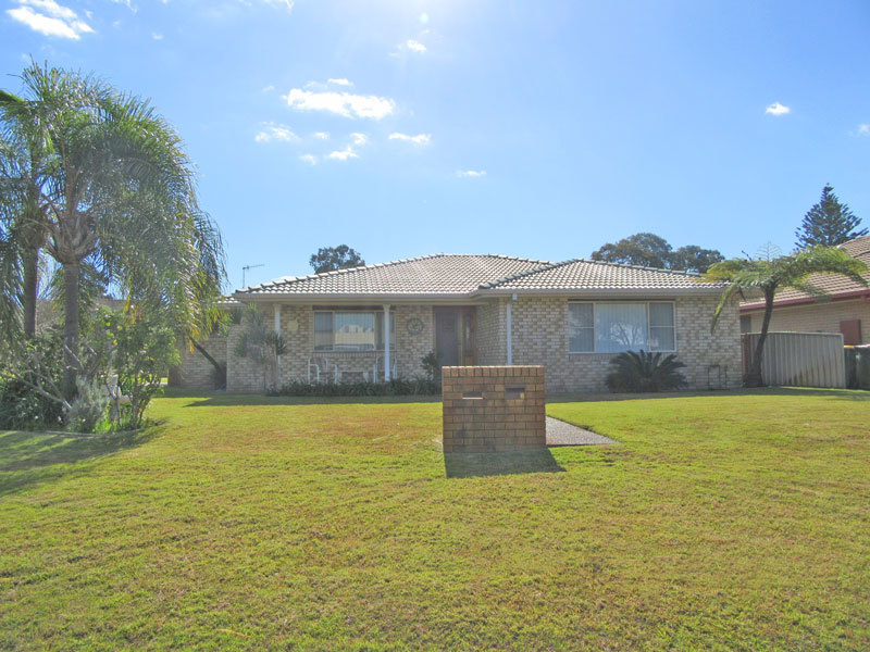 6 Redman Place, Soldiers Point