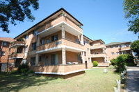 Neat & Tidy 2 Bedroom Unit - Beautifully Maintained Block