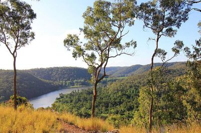 breathtaking 180 degree hawkesbury river views!