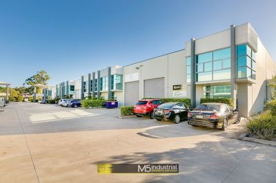 247 SQM - MODERN WAREHOUSE + OFFICE WITH HIGH CLEARANCE