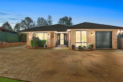 Modern Family Home on 975m2