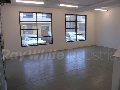 132sqm - Well Presented Unit in Clean Complex!