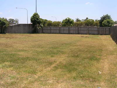 ATTENTION BUILDERS : LAND FOR SALE
