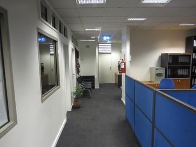 NM1726 - Office space available - EK/BAH