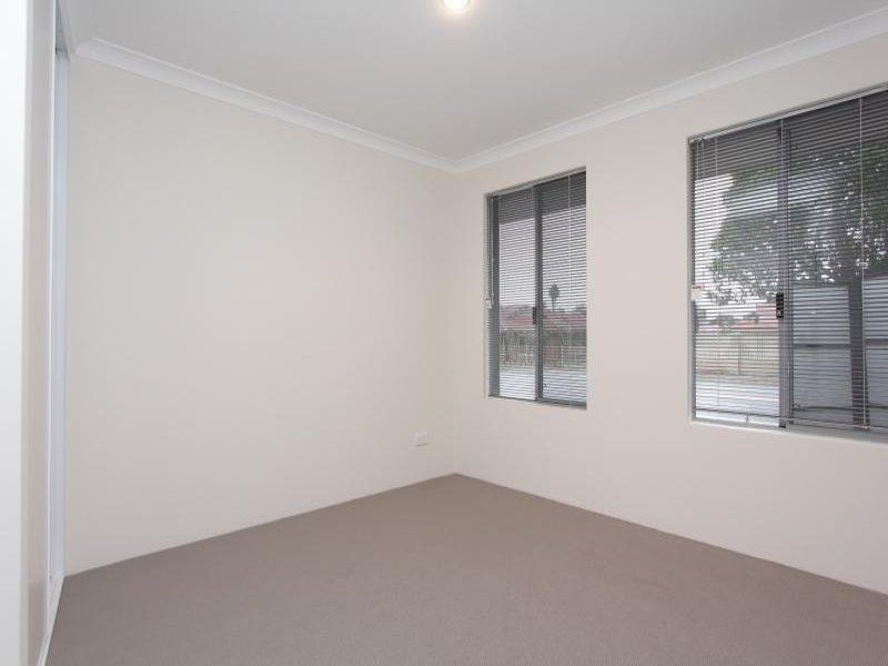 STREET FRONT VILLA - CONVENIENTLY LOCATED