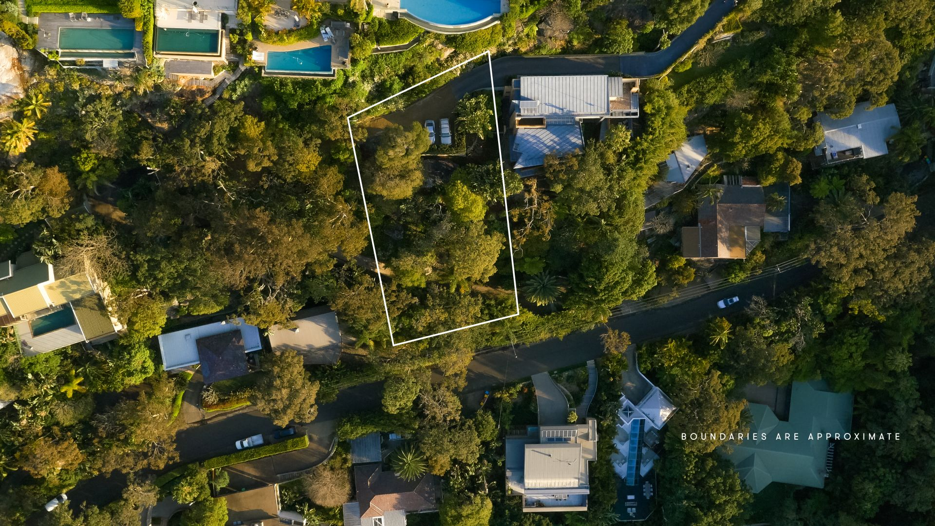 Additional photo for property listing at Elevated 973m2 vacant block, breathtaking views 13 Florida Road Palm Beach, New South Wales,2108 Australie