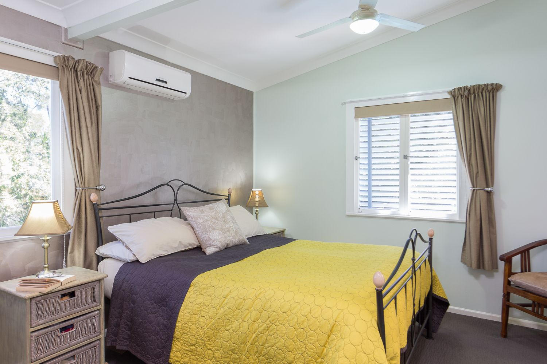 11 Clandon Street Indooroopilly 4068