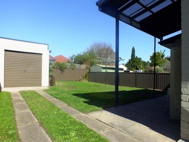 2 Gordon Street, MAYFIELD WEST