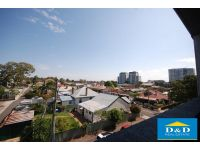 Modern 2 Bedroom Apartment. Fantastic Location. Walk to Parramatta City Centre & Station