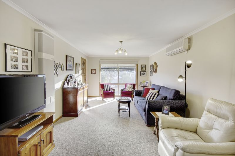 1/12 Tunbury Court Highton