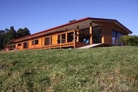 Country Style, Modern Living on 3.2 Acres