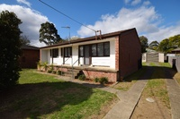 Neat 3 bed family home