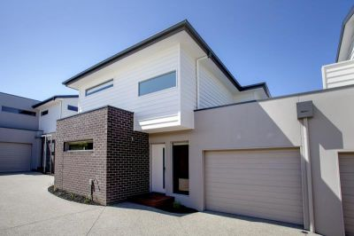 Great Townhouse, Close to Barwon River and lots more.