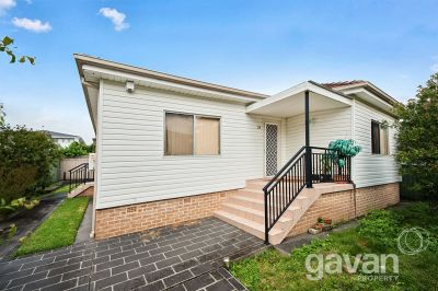 Single level home - Quiet Street