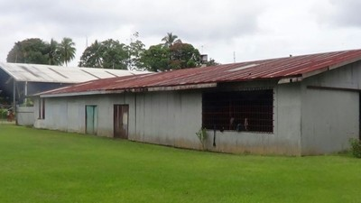 Warehouse for sale in Madang Madang
