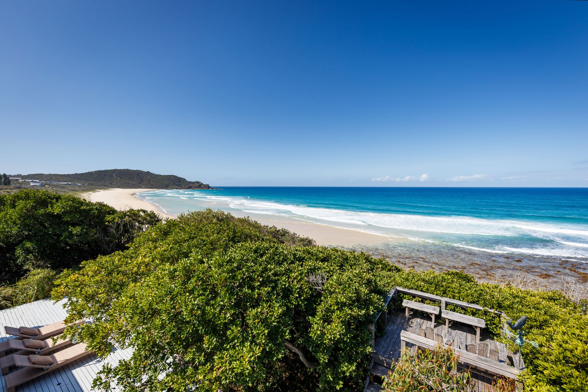 Additional photo for property listing at Unique beachfront investment, two adjoining landholdings  Boomerang Beach, New South Wales,2428 オーストラリア