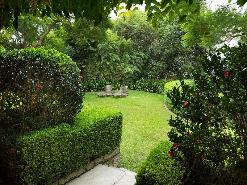 Additional photo for property listing at A classic Georgian manor within superb 2,163sqm level grounds  Mosman, New South Wales,2088 Avustralya