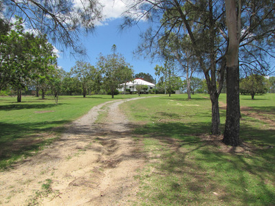 COUNTRY CHARM IN THE MIDDLE OF TOWN - REDUCED