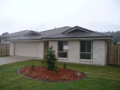 Modern Brand New  Home - Upper Coomera
