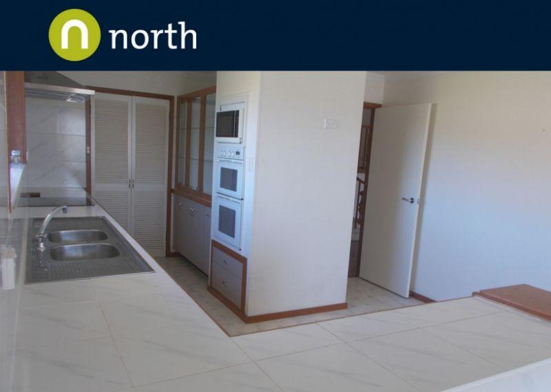 Large spacious three bedroom home in Tweed Heads!