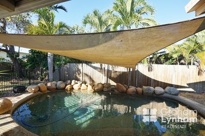 Neat and Tidy home close to everything! With Pool