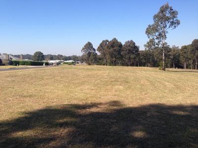 Vacant 1 acre lot in prestige estate