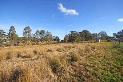 sold by in conjunction real estate. 5 arable acres with large dam - build your dream home now!