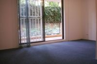 Renovated 1 bedroom garden apartment in convenient location