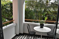 WOOLLAHRA 2 BED 1 BATH APARTMENT