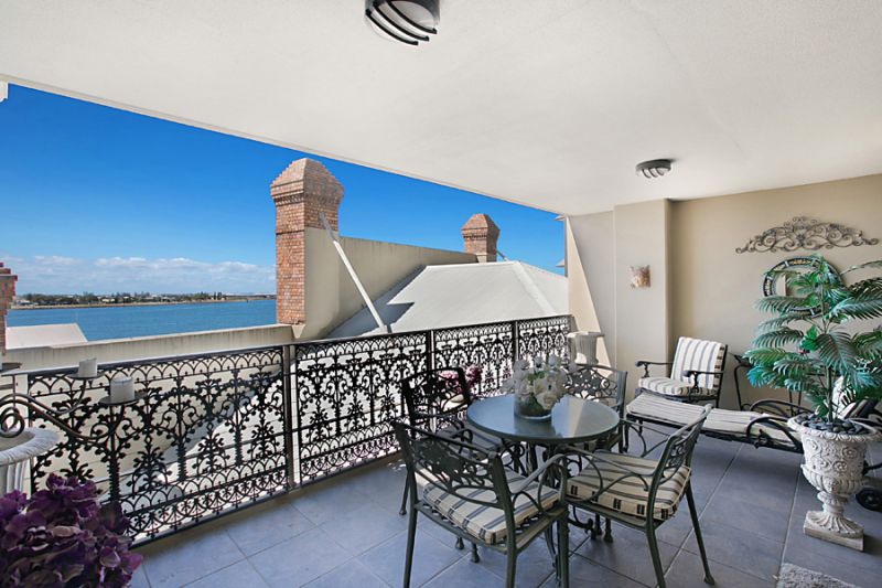 The Menkens - An Exceptional Lifestyle Choice with Harbour Views
