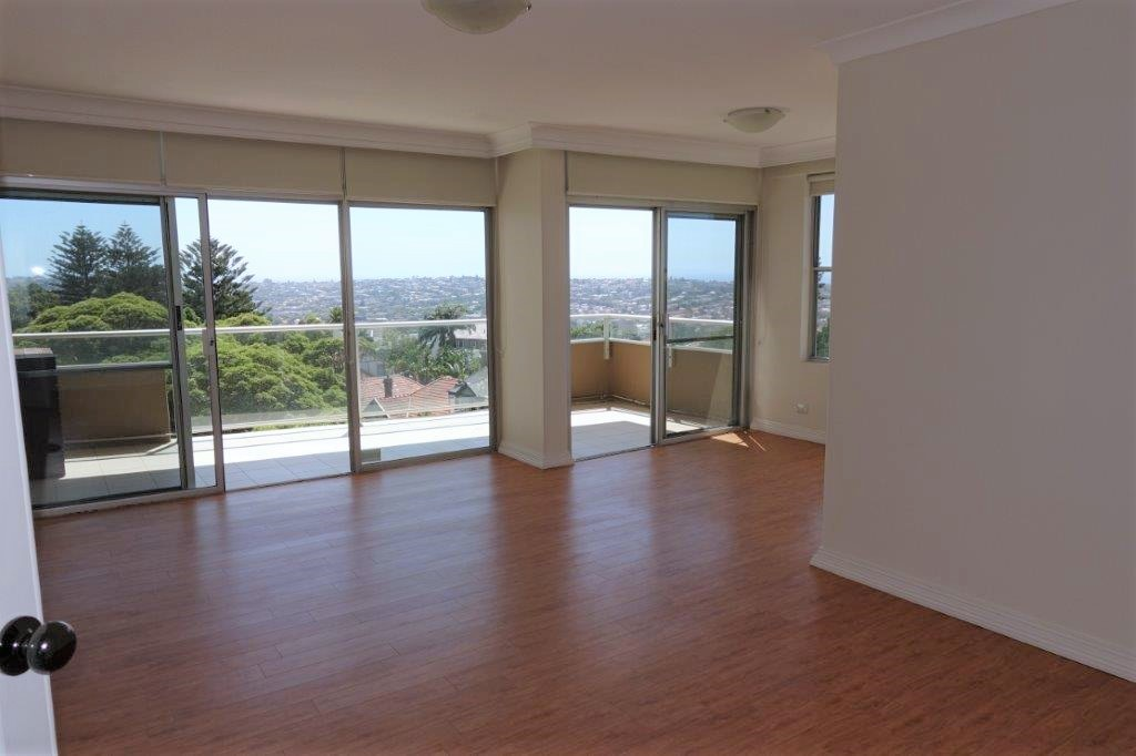 Featuring breath taking views- Large 3 Bed Executive Apartment