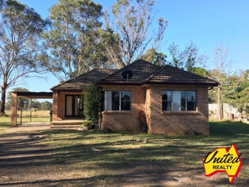 3 bedroom home with loads of space!