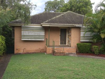 UPPER MOUNT GRAVATT, QLD 4122