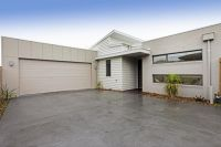 Great Townhouse, Close to Barwon River!