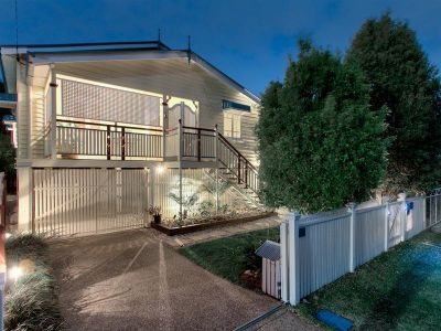Enchanting Clayfield Queenslander