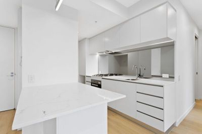 Stunning 2 Bedroom Apartment in the Incredible Johnson Building - This Property Represents Incredible Value at only $560p/w