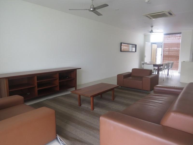 NM2004 - 3 Bedoorm Executive Apartments - FN