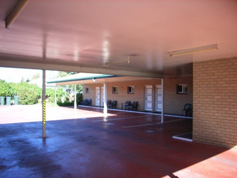 MOTEL FOR SALE- NEW ENGLAND HWY FRONTAGE