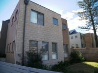 Almost New 3 Bedroom Townhouse - Contemporary Architecture