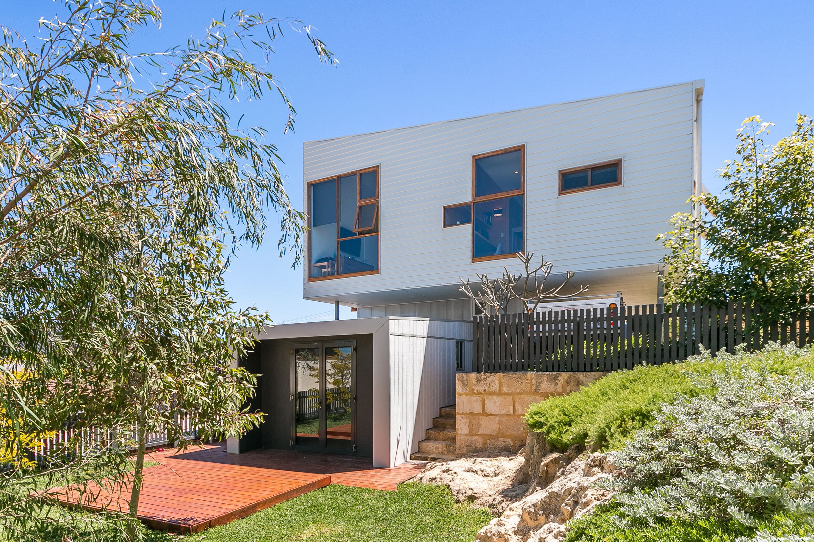 19a Beach Road, Coogee