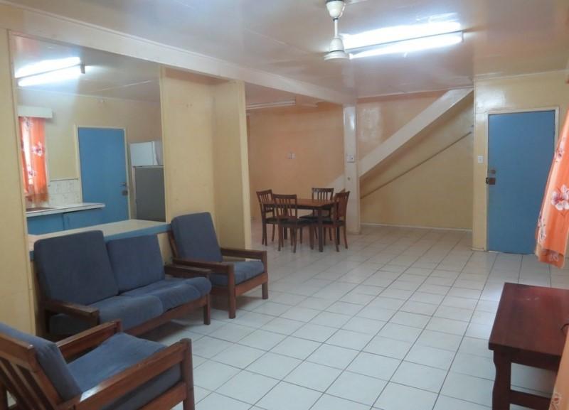 S6998 - 3 bedroom duplex - C21