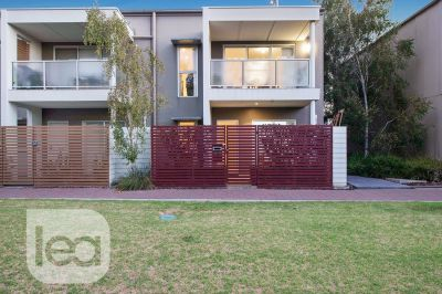 A rare opportunity to secure a pristine property in an unbeatable location!