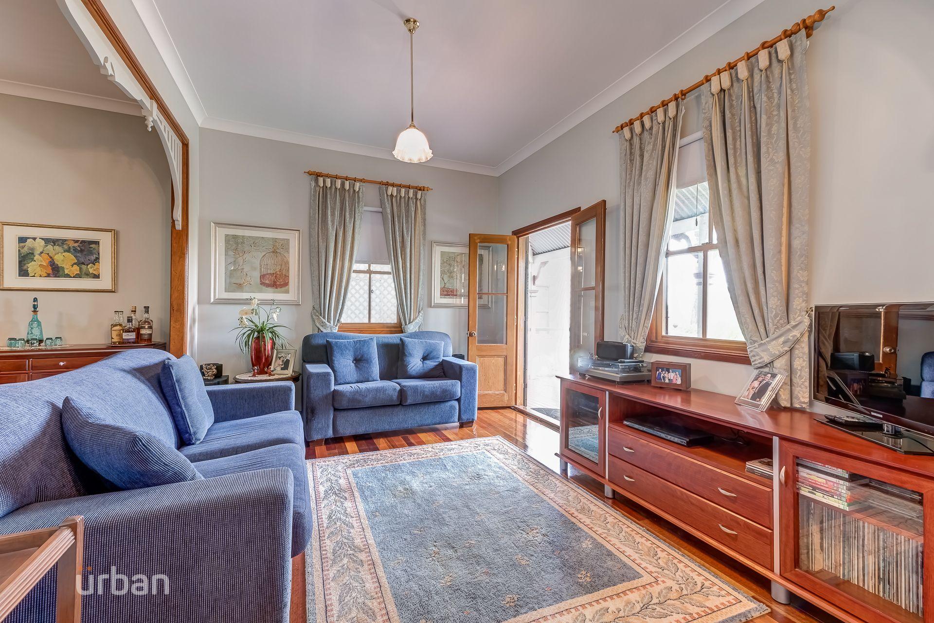 65 Disraeli Street Indooroopilly 4068