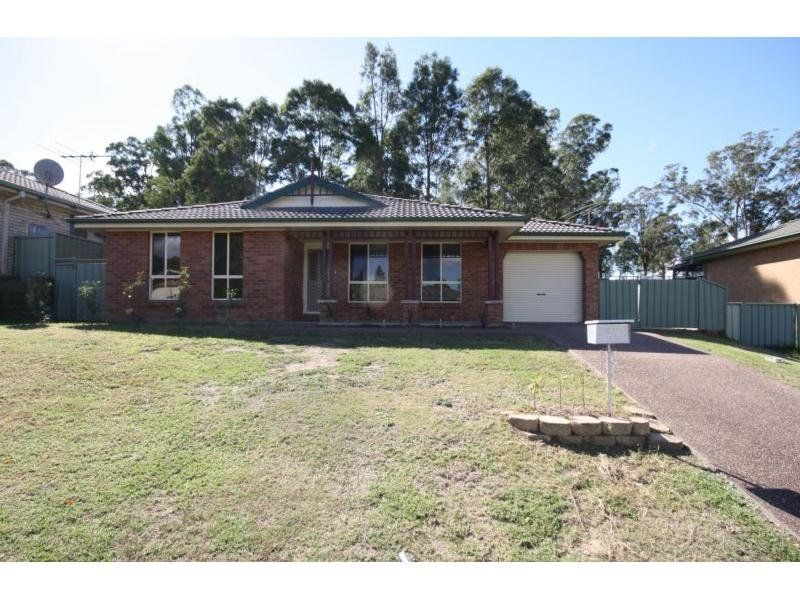 27 Robinson Way, Singleton