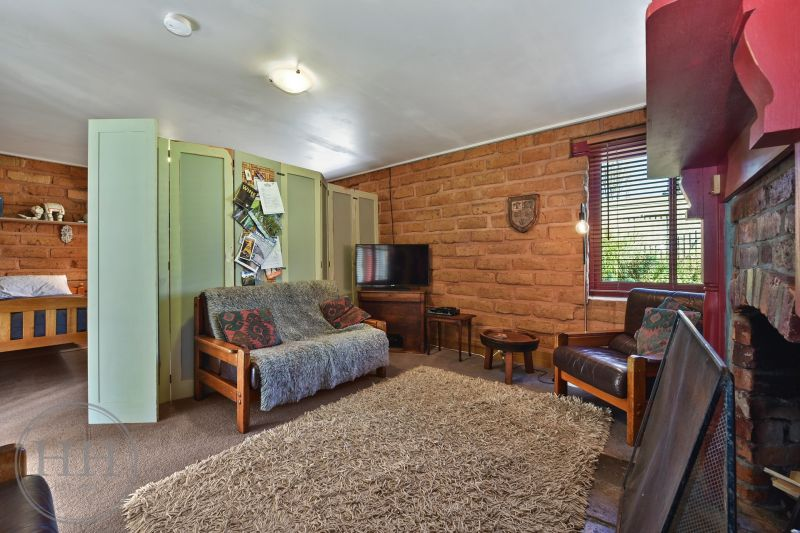 1366 Warrentinna Road-15