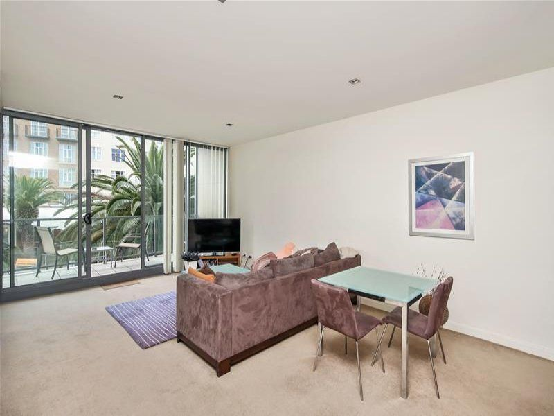 106/3A Honeysuckle Drive, NEWCASTLE